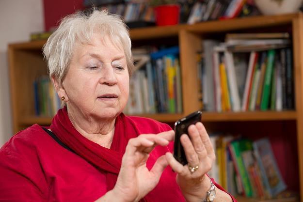 Obniżenie weku emerytalnego spowoduje obniżenie świadczeń do 1 tys. złotych /©123RF/PICSEL