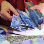 Obowiązkowa mediacja może okazać się pułapką dla frankowiczów. Pozwoli bankom wydłużać procesy