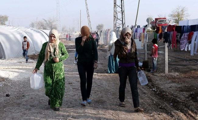 Obóz dla uchodźców z Syrii /SEDAT SUNA /PAP/EPA