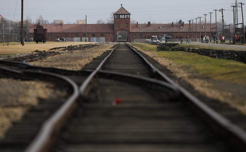 Obóz koncentracyjny Auschwitz-Birkenau/Zdj. ilustracyjne /Jakub Porzycki /Agencja FORUM