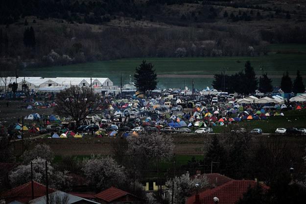 Obozowisko uchodźców na granicy grecko-macedońskiej /AFP