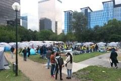 Obozowisko uchodźców w centrum Brukseli
