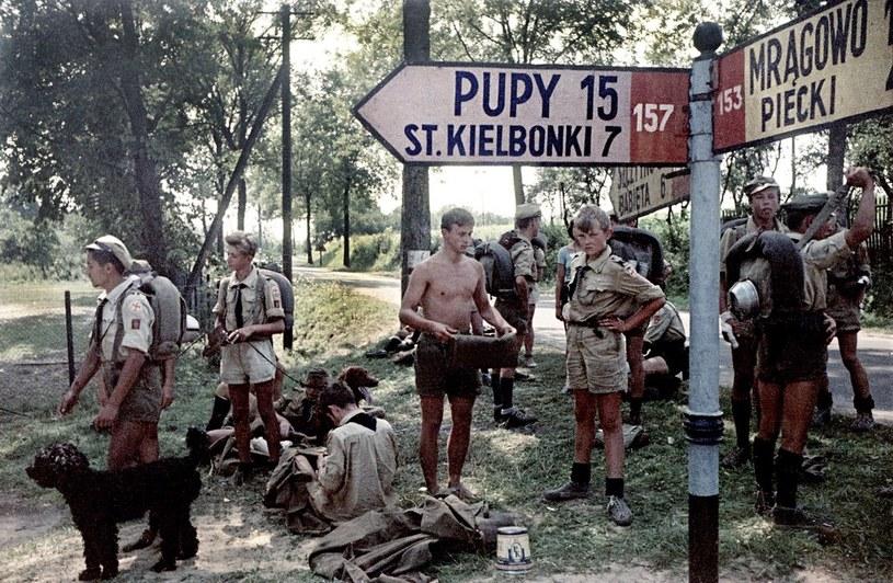 Obozy i kolonie gwarantowały pewną wolność i były okazją do pierwszych kontaktów seksualnych /KAROL SZCZECINSKI /East News