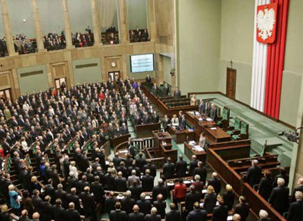 Obrady Sejmu wracają na antenę TVP Info /AFP