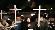 Obrońcy krzyża zebrali się pod siedzibą premiera