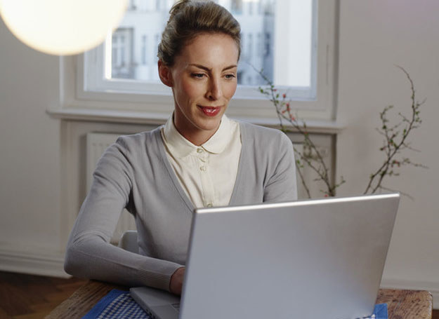 Obsługi komputera możesz nauczyć się w kazdym wieku /© Photogenica