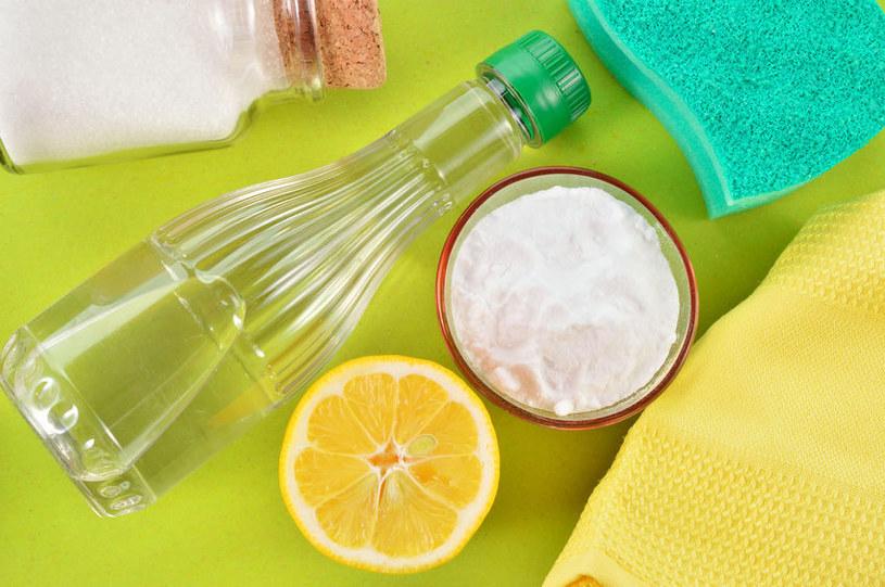 Ocet i sok z cytryny na przypalenia /©123RF/PICSEL