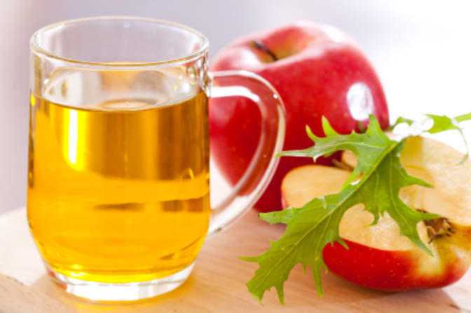 ocet jabłkowy podrażnienie skóry /© Photogenica