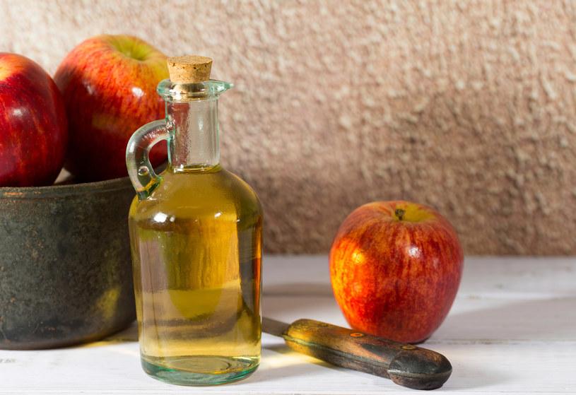 ocet jabłkowy toksyny /© Photogenica