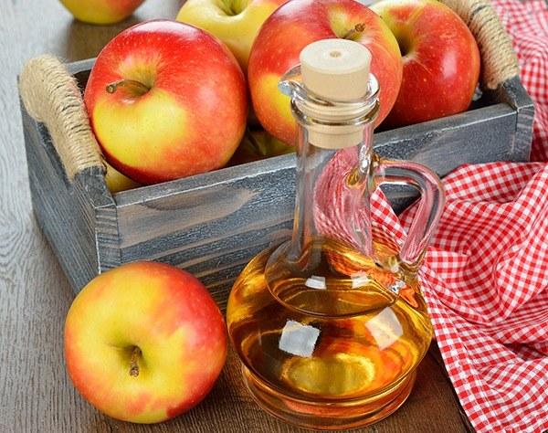 ocet jabłkowy włókniak /© Photogenica