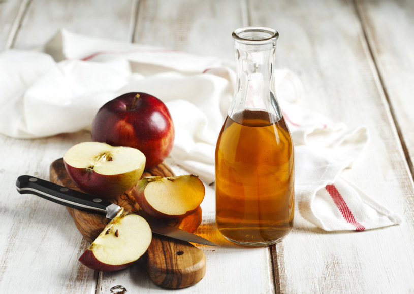 ocet jabłkowy /© Photogenica