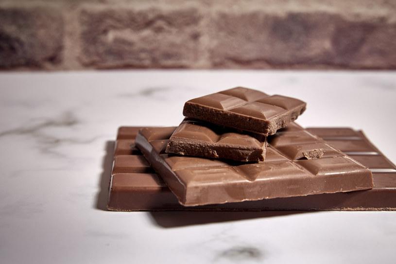 Ochota na czekoladę? To może być niedobór magnezu /123RF/PICSEL