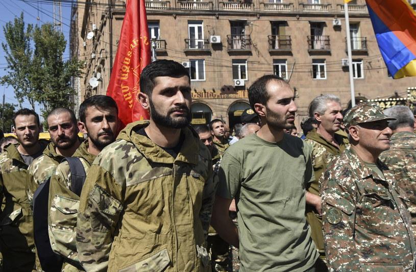 Ochotnicy armeńskiej armii. /MELIK BAGHDASARYAN  /PAP/EPA