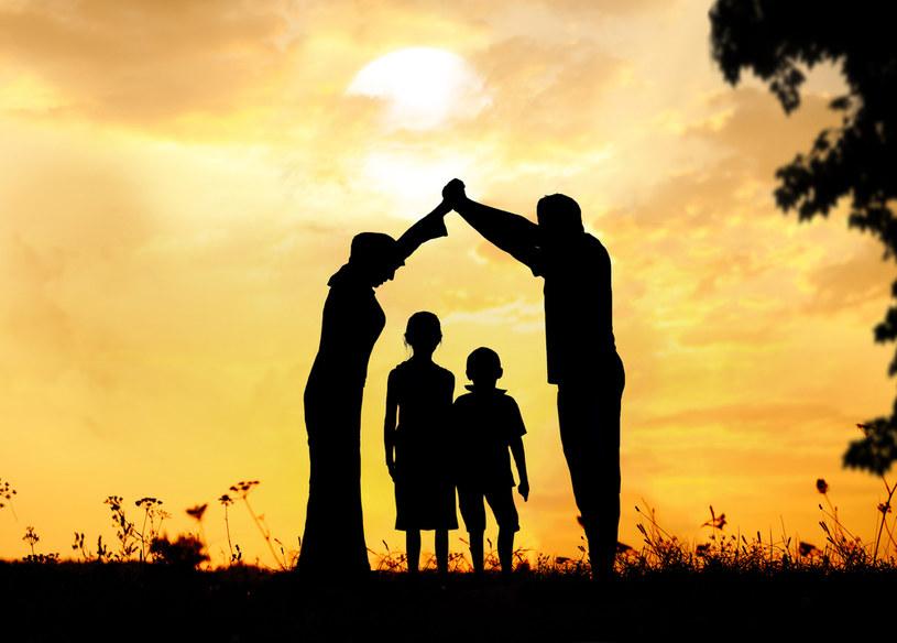 ochrona dzieci /© Photogenica
