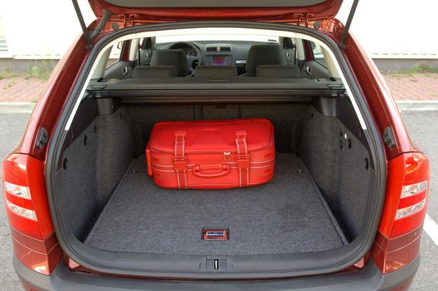 octavia bagażnik /Motor