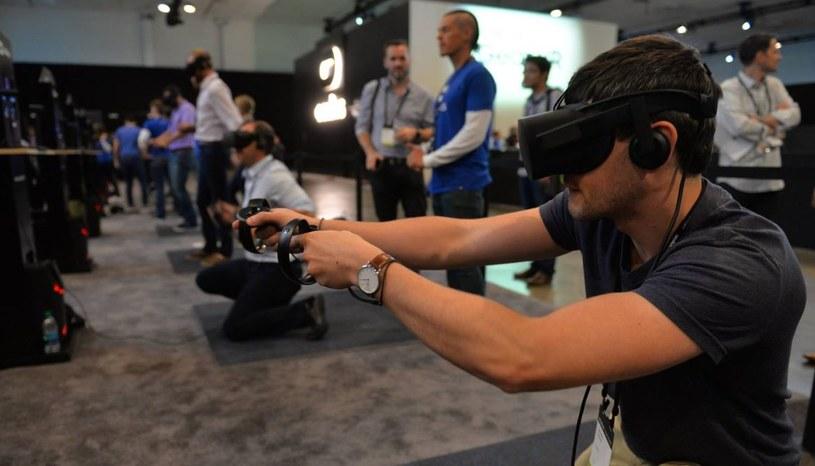 Oculus Rift i kontrolery Oculus Touch, które zadebiutują w grudniu tego roku /materiały prasowe