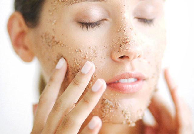 oczyszczanie twarzy /© Photogenica