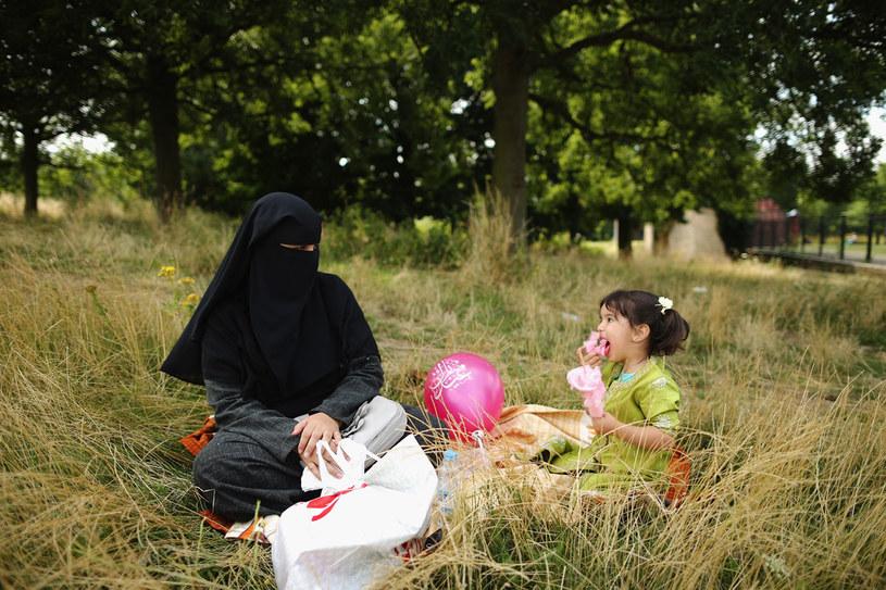 Oczywiście nie wszystkie irańskie kobiety marzą o pozbyciu się hidżabu. /Getty Images