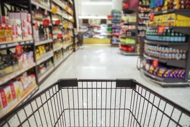 Od 1 lipca nowe stawki VAT. Czy Kaufland, Lidl i Tesco obniżą ceny? /123RF/PICSEL