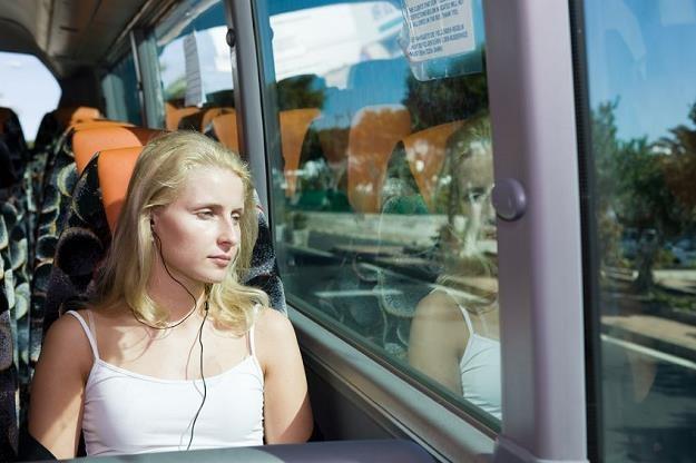 Od 1 stycznia 2017 roku mogą zniknąć ulgi na przewozy pociągami i autobusami /©123RF/PICSEL