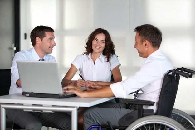 Od 1 września 2012 r. poprawi się sytuacja osób niepełnosprawnych na rynku pracy /© Panthermedia