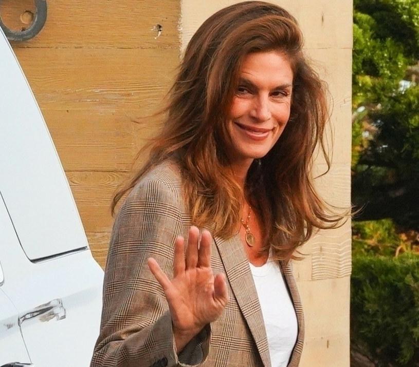 Od 2004 r. Cindy wraz ze swoim mężem oraz dziećmi, Kaią i Presleyem, mieszka w willi w kalifornijskim Malibu /East News