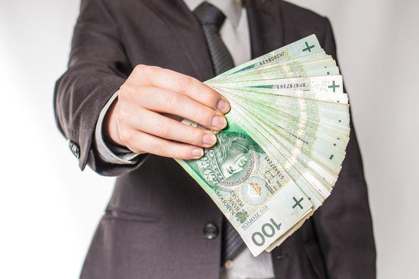 Od 2015 roku wynagrodzenia menadżerów systematycznie rosną /123RF/PICSEL