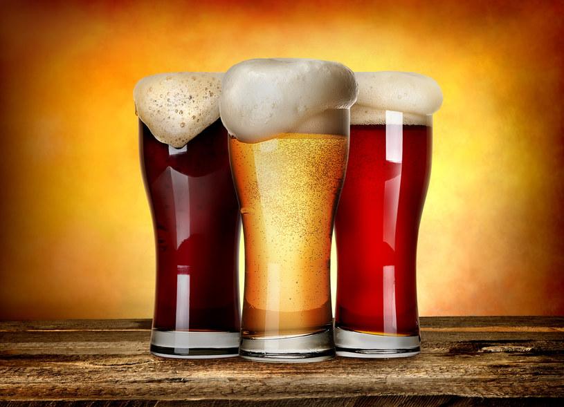 Od 2022 r. dosłodzenie gotowego piwa cukrem lub miodem zwiększy podstawę opodatkowania /123RF/PICSEL