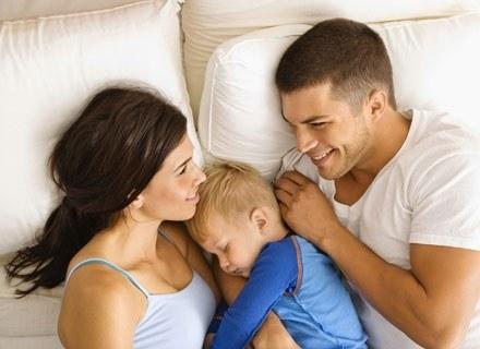 Od czasu, gdy zostaliście rodzicami, to maluszek dyktuje warunki w waszej sypialni /ThetaXstock