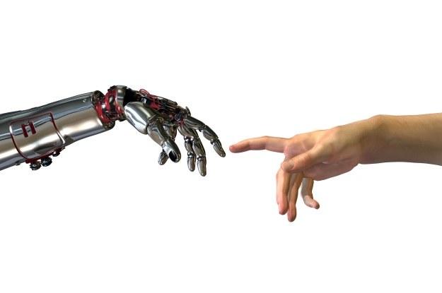 Od człowieka do cyborga - taka droga rasy ludzkiej /123RF/PICSEL
