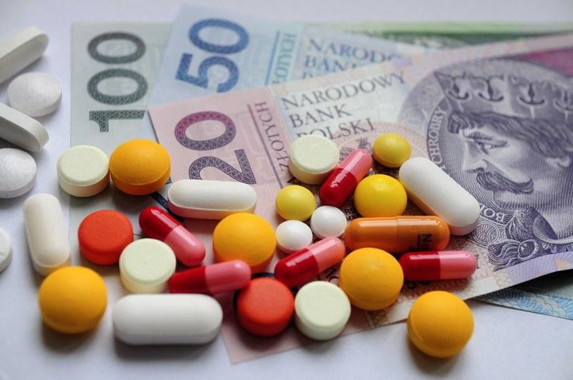 Od dziś zmienią się ceny niektórych leków /Włodzimierz Wasyluk /Reporter
