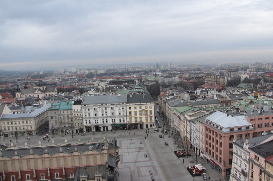 Od dzisiaj w Krakowie zaczynają obowiązywać nowe regulacje dotyczące strefy płatnego parkowania /Jacek Skóra /Archiwum RMF FM