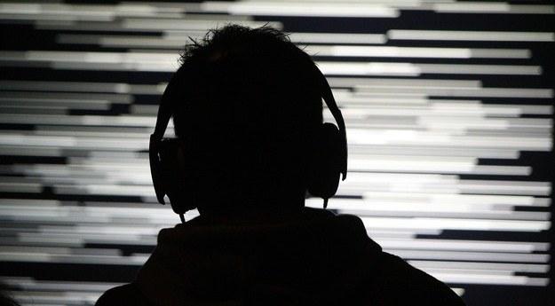 Od ekranu po słuchawki, czyli areny wirtualnej akustyki