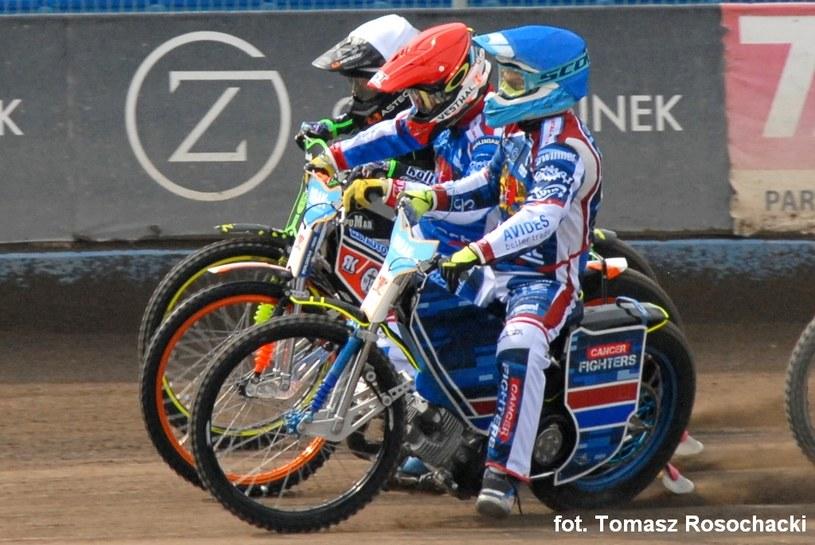 Od frontu: Michał Gruchalski, Wiktor Kułakow i Siergiej Łogaczow. /Tomasz Rosochacki /Flipper Jarosław Pabijan