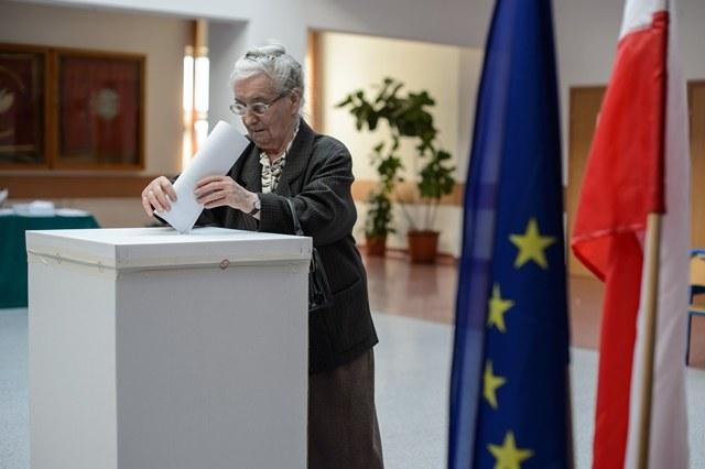 Od godz. 7 trwają wybory do Parlamentu Europejskiego /Wojciech Pacewicz /PAP