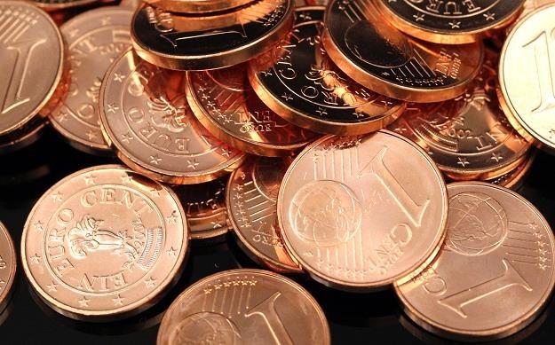 Od grudnia sprzedawcy będą obowiązkowo uśredniać kwoty do 5 centów przy płatności gotówką /©123RF/PICSEL