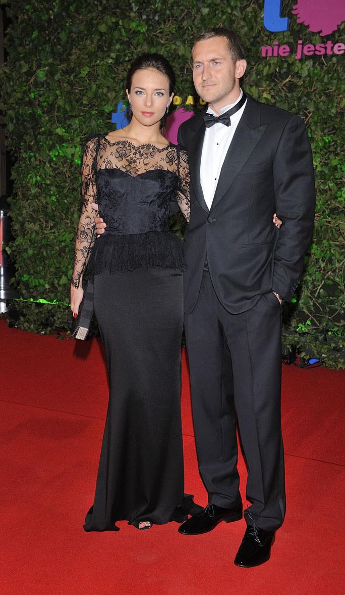 Od kilku miesięcy aktorka spotyka się z Michałem Niemczyckim. Związek z milionerem wzbudza wiele emocji. Plotkuje się nawet, że para myśli o ślubie /J.Antoniak /MWMedia