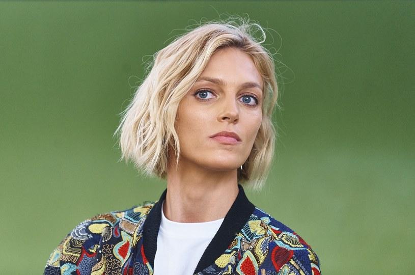 """""""Od lat nie noszę prawdziwego futra i odmawiam założenia go do zdjęć czy na wybieg. Jest mi wstyd, że kiedyś je nosiłam! Na szczęście teraz jestem mądrzejsza"""", stwierdziła ostatnio Anja Rubik /East News"""