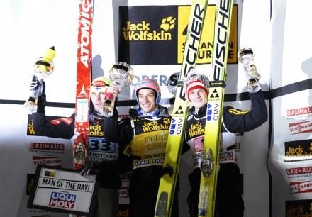 Od lewej Ahonen, Kofler i Morgenstern - podium pierwszego konkursu TCS /AFP