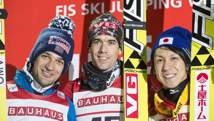 Od lewej Andreas Kofler, Anders Bardal i Noriaki Kasai /AFP