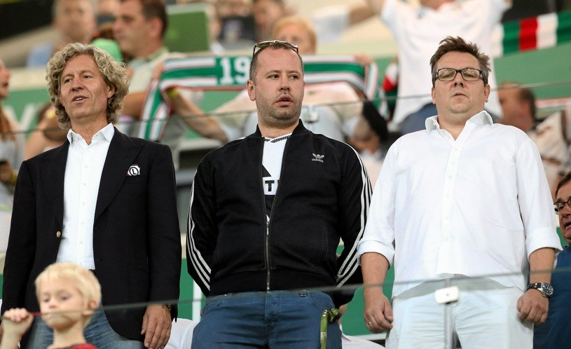 Od lewej: Dariusz Mioduski, Bogusław Leśnodorski i Maciej Wandzel /Kuba Atys /