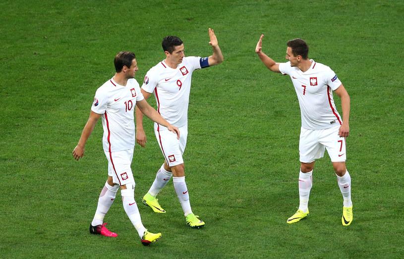 Od lewej: Grzegorz Krychowiak, Robert Lewandowski i Arkadiusz Milik /Alex Livesey /Getty Images