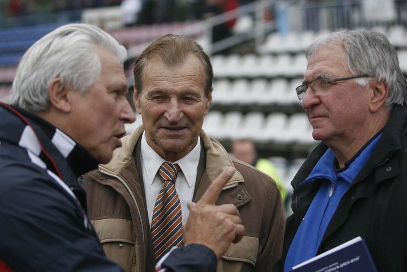Od lewej: Henryk Kasperczak, Stanisław Oślizło, Antoni Piechniczek /Marcin Tomalka /