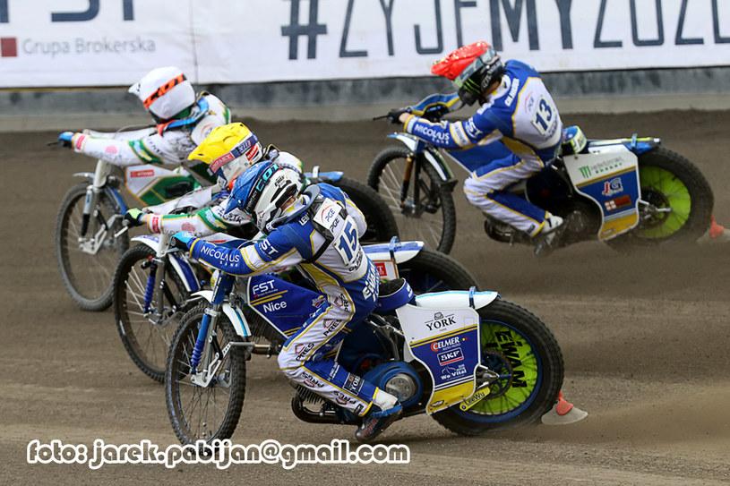 Od lewej: Jonas Jeppesen, Leon Madsen, Krzysztof Lewandowski i Chris Holder. /Jarosław Pabijan /Flipper Jarosław Pabijan
