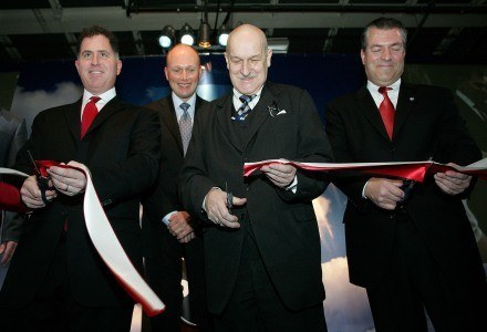 (od lewej) Michael Dell, Michael R. Cannon, Jacek Murawski (szef polskiego Dell) i Jerzy Kropiwnicki /AFP