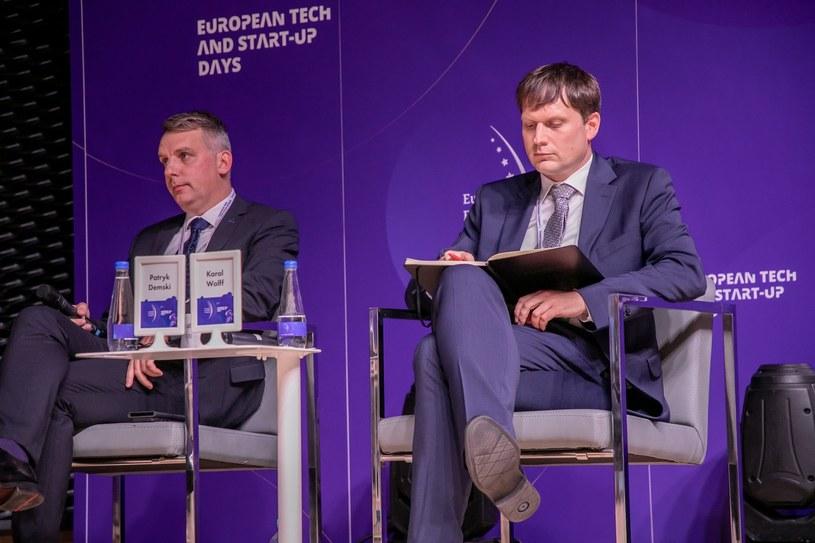 Od lewej: Patryk Demski, wiceprezes zarządu ds. strategii i rozwoju Tauron Polska Energia oraz Karol Wolff, dyrektor Biura Strategii i Projektów Strategicznych PKN Orlen /Fot. Ireneusz Rek /INTERIA.PL