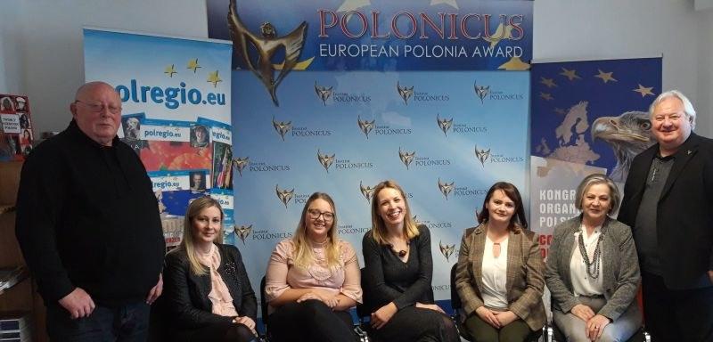 Od lewej: Piotr Siegfanz, Anna Golan, Sarah Kiermaszek, Joanna Szymanska, Magdalena Chelmowska-Kowalska, Blandyna Zaborowski, Wiesław Lewicki /A. Lewicki /