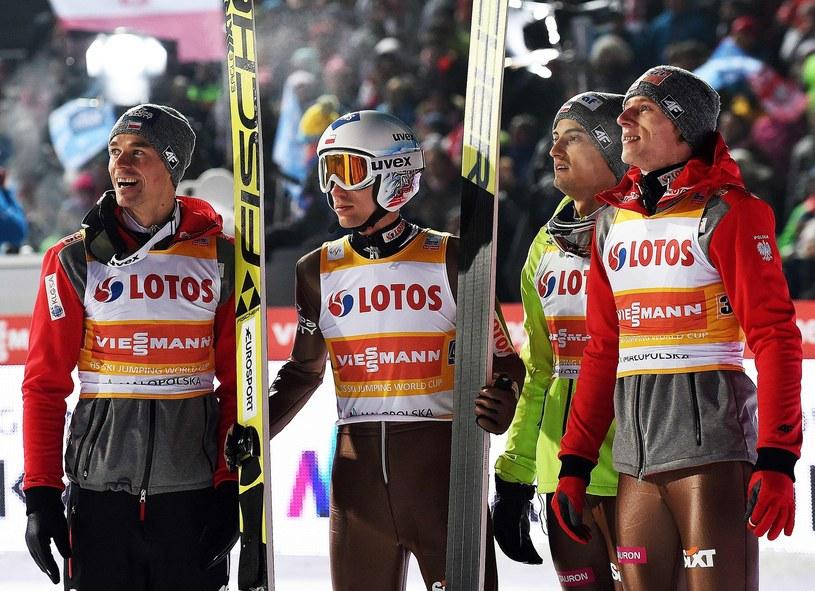 Od lewej: Piotr Żyła, Kamil Stoch, Maciej Kot i Dawid Kubacki /AFP