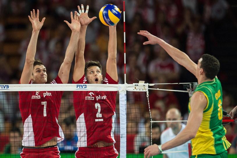 Od lewej Polacy Karol Kłos i Michał Winiarski oraz Thomas Edgar podczas meczu Polska - Australia /Maciej Kulczyński /PAP
