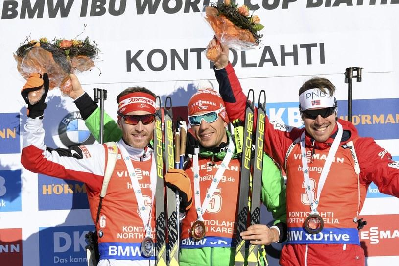 Od lewej: Simon Eder, Arnd Pfeiffer i Emil Hegle Svendsen /PAP/EPA